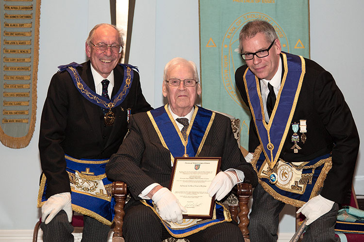 Upminster-Hall-Lodge-50-Year-Certificate-06.02.15